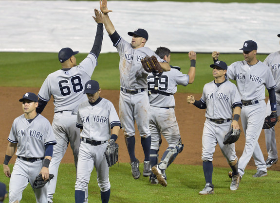 Lots of (very) high fives for Dellin this year. (Presswire)