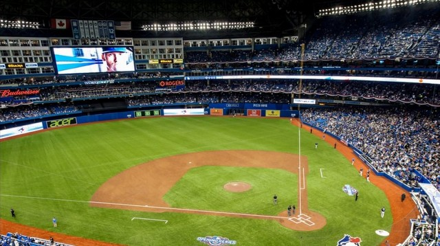 They have an all-dirt infield in Toronto now. (Photo via @sbrooksbaseball)