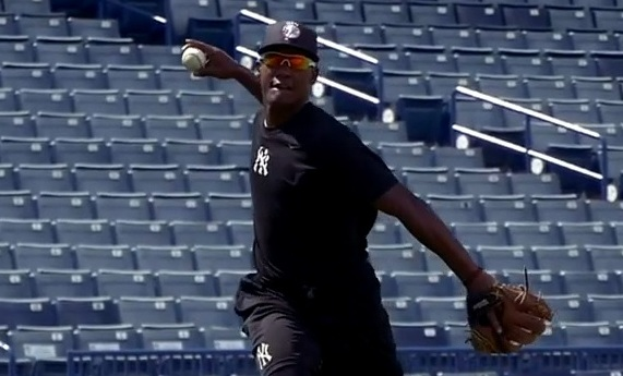 Andujar. (MLB.com video screen grab)