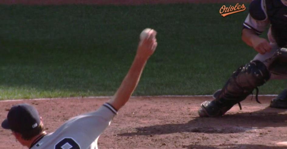 Tyler Clippard slider grip
