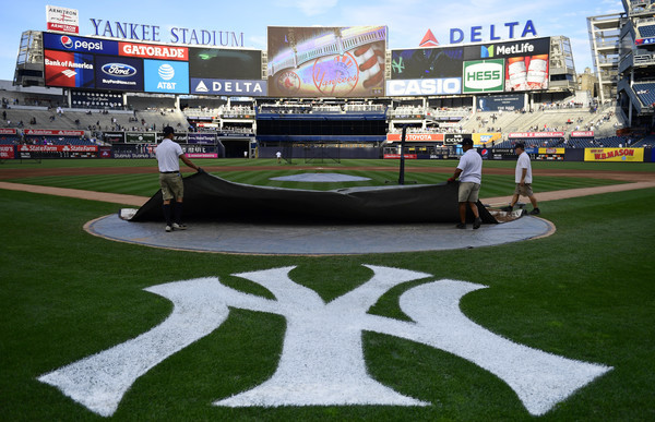 Yankees to extend netting after fan incidents