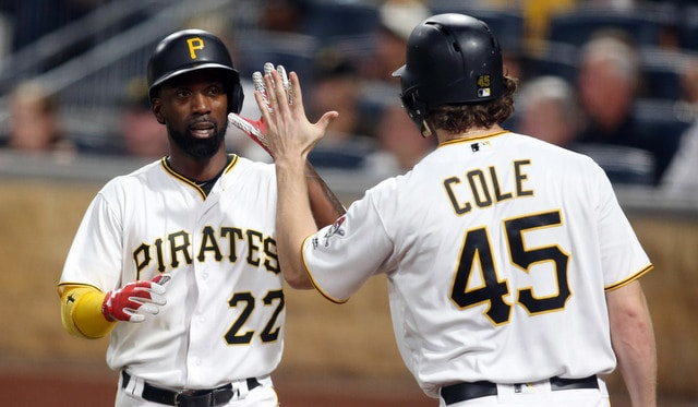 Andrew McCutchen traded to the Giants