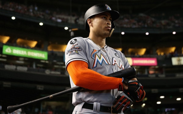 Stanton arrives early to Yankees' camp: 'It's time to get to work'