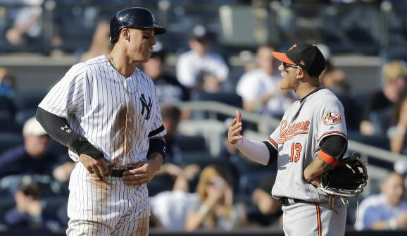 Aaron Judge told Manny Machado he would look good in Yankee pinstripes