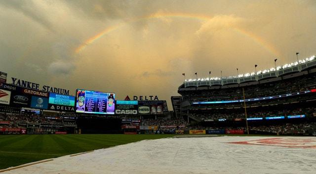 Yankee-stadium-tarp1-min