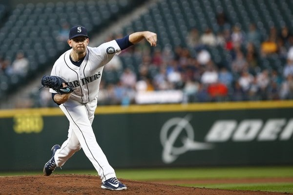 MLB Hot Stove: James Paxton acquired by Yankees for three prospects